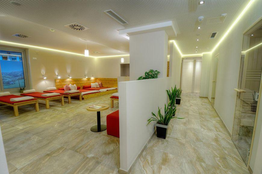 Slide3 - AlpenParks Hotel & Apartment Maria Alm