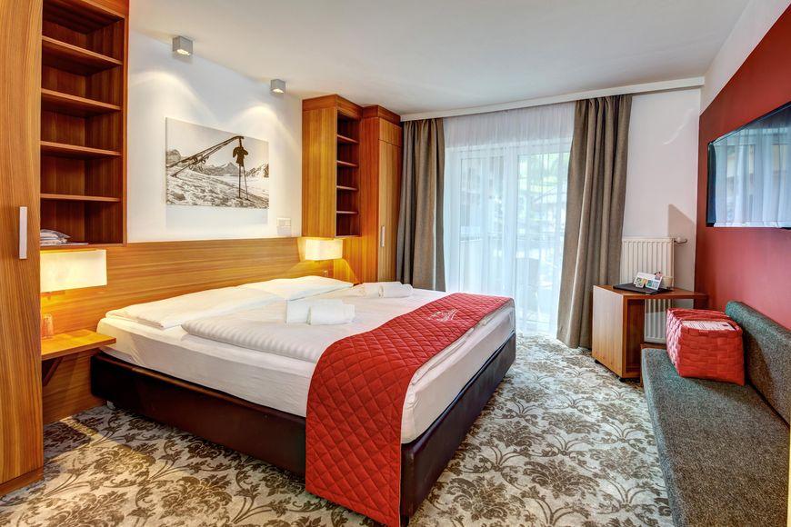 Slide2 - AlpenParks Hotel & Apartment Maria Alm