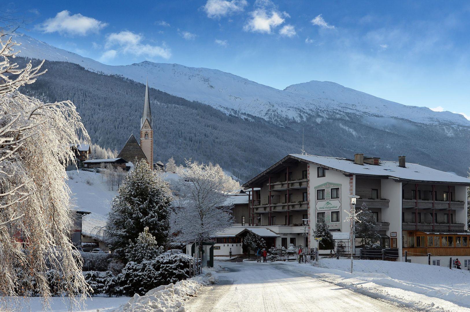 Slide1 - Hunguest Hotel Heiligenblut