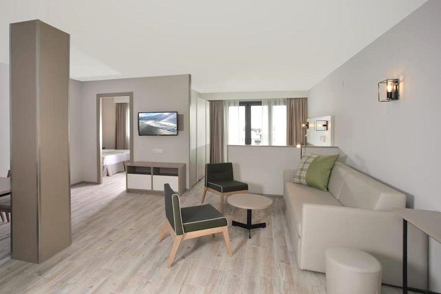 Slide4 - Apartamentos Caribou