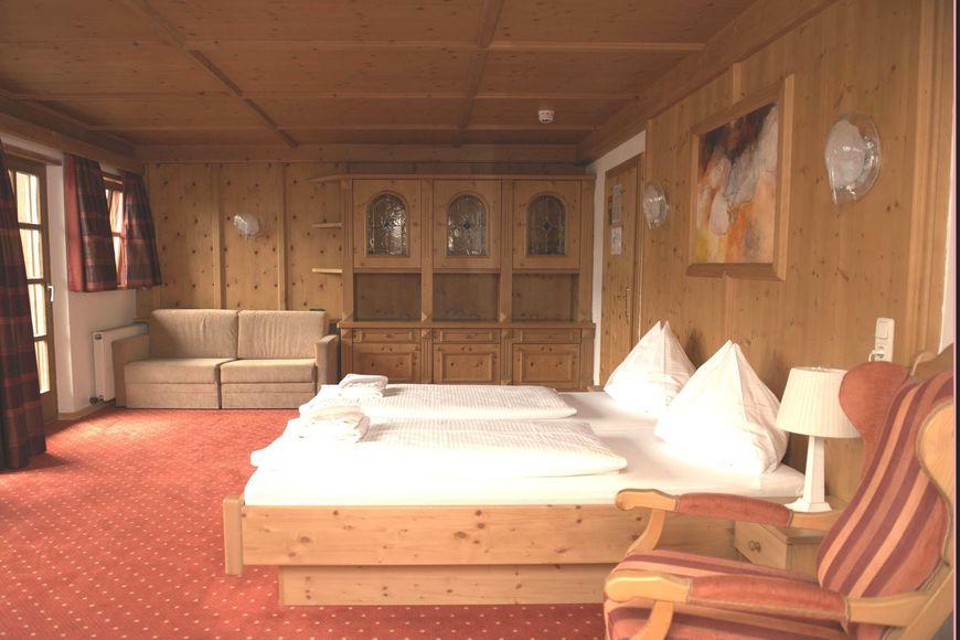 Slide2 - Hotel St. Florian