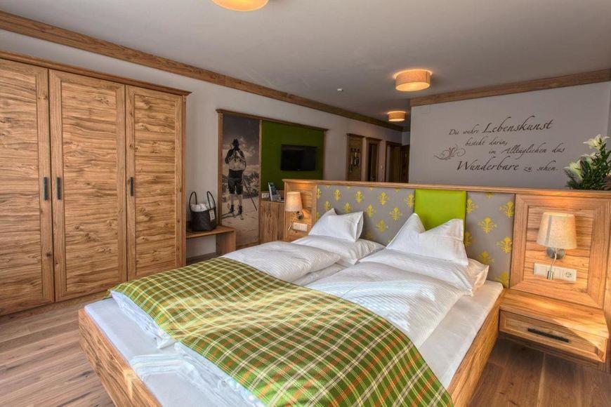 Slide2 - Hotel Zum Stern