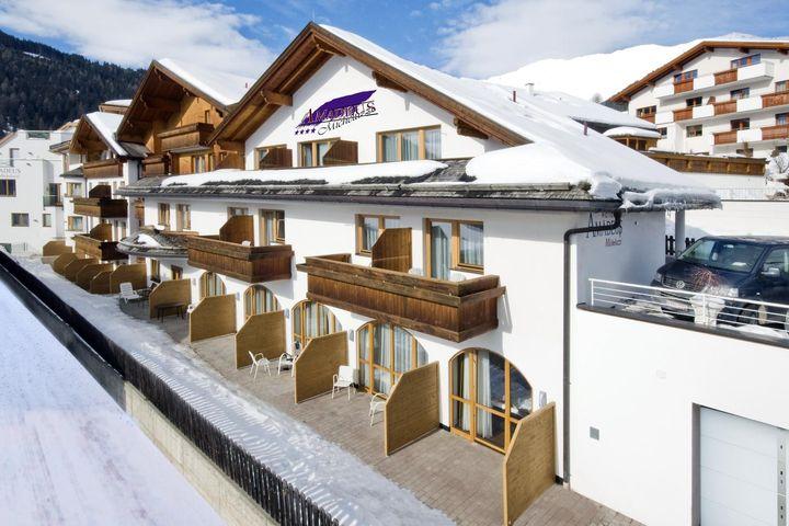 Hotel Amadeus-Micheluz...