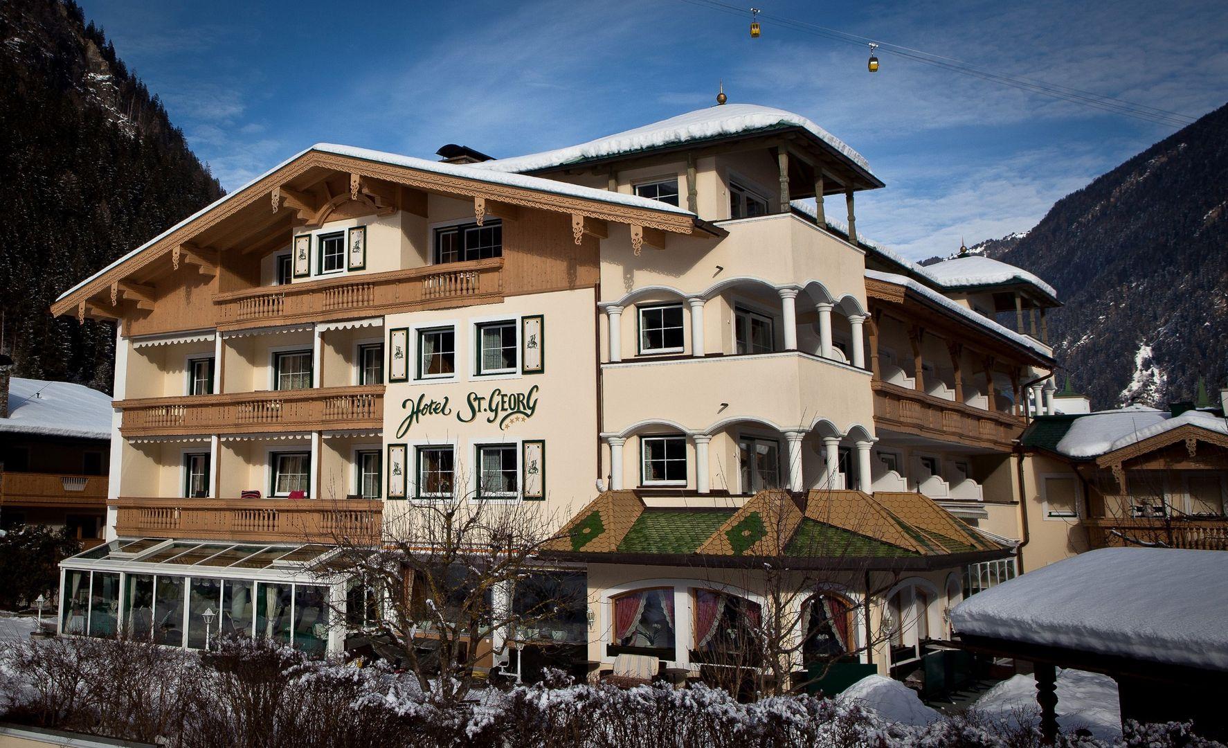 Hotel St. Georg - Slide 1