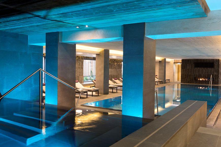 ElisabethHotel - Premium Private Retreat - Slide 3