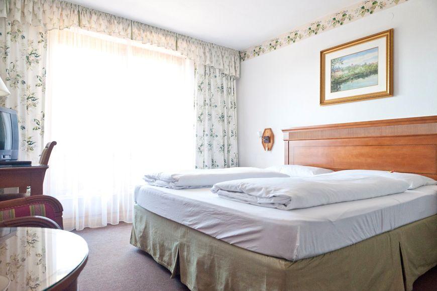 Slide2 - Hotel Alpenkrone