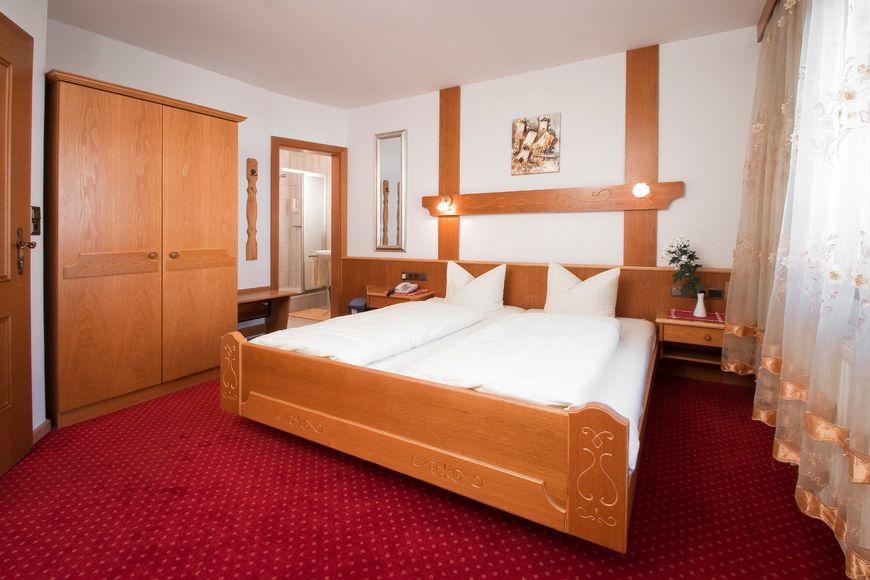 Slide2 - Hotel Thurner