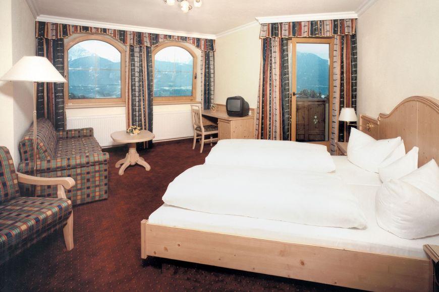 Slide2 - Hotel Pension Jagerhof