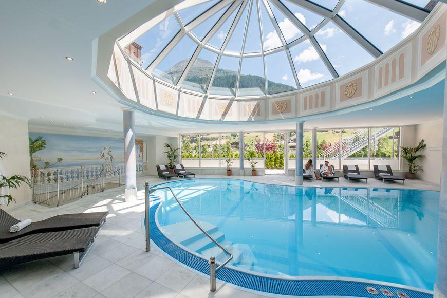 Slide3 - Hotel Regina